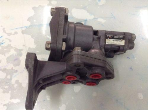 P59155-50 RELAYAIR VALVE Wabco Rexroth Aventics  H-5  R431004919