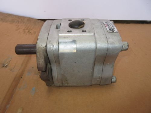 NACHI Fujikoshi Corp, Type :IPH-4A-32-E-20 Hydraulic Pump working before removal
