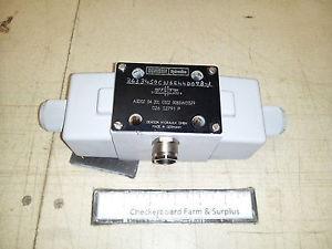 NOS Denison Parker Hannifin Linear Control Valve A3D02-34-20L-0302-00B5W01379