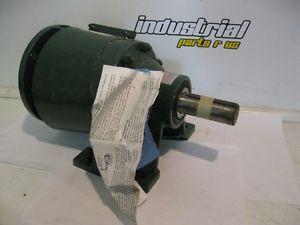 Sumitomo SM-CYCLO CNHJS4090Y25 Gear Reducer 1:25 Ratio 063 HP 1725 RPM origin