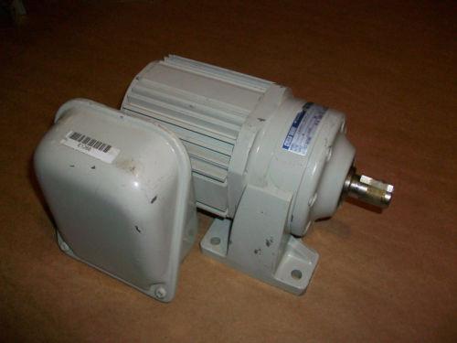 Sumitomo Cyclo Drive 3 Phase Gear Motor CNHM01-5075-6  1/8 HP  6 Ratio