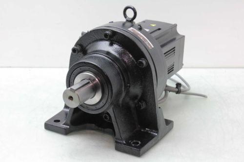 Mitsubishi HF-SP152BG1H AC Servo Motor / 15kW w Sumitomo CNHM-6120-17 Reducer