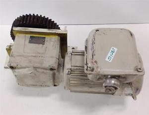 SUMITOMO RATIO 10 1/4HPKW 1800R/MIN HYPONIC DRIVE RNFM02-23R-B-10