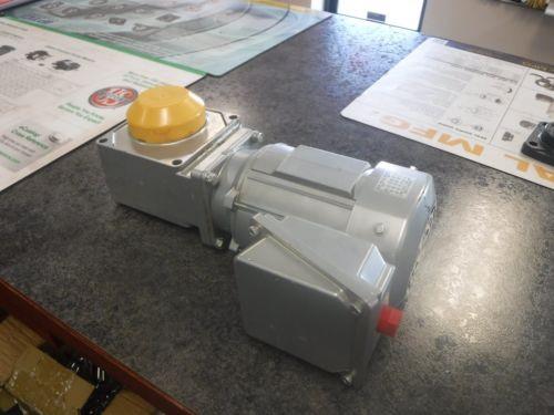 SUMITOMO TC-FX RNYMS01-1220YC-AV-40 1/4HP 1730RPM INDUCTION MOTOR Origin