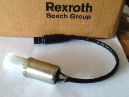 UNUSED NOS Rexroth R900578537 Hydraulic Directional Control Valve 5955-580-007