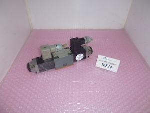 4/3 way valve Rexroth  4WE 6 L51/AG24NZ4, Engel injection molding machine