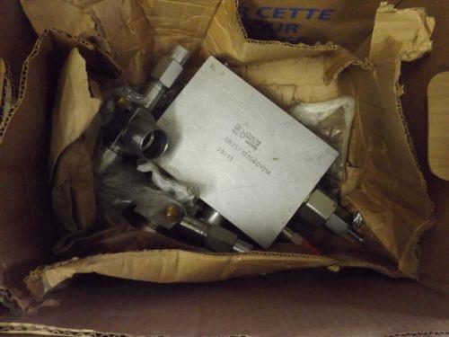 1 Origin REXROTH 08357103060101A OIL CONTROL VALVE NNB  MAKE OFFER