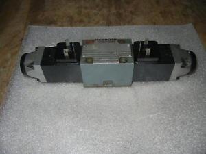 Rexroth 4WE6U52/A Hydraulikventil Valve
