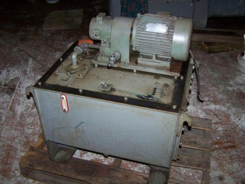 15 kw NACHI VDR-1A-1A2-10, variable vane pump, motor and tank