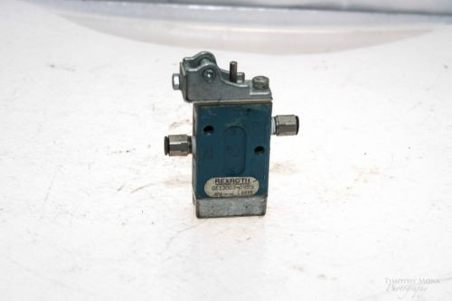 REXROTH GB13003-0955 MINIMASTER ROLLER OPERATED DIRECTIONAL VALVE NO LEVER G52