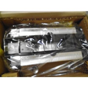 REXROTH Dutch USA R165351410 LINEAR BEARING *NEW IN BOX*