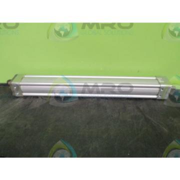 "REXROTH Italy France TASKMASTER II TM-068277-03210 CYLINDER 2-1/2"" x 21"" *NEW IN BOX*"