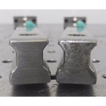 C138462 Lot 2 Rexroth 870mm Linear Slide Rails 4 Bearing Blocks R162219420 483