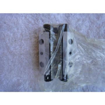NIB Bosch Rexroth Linear Bearing        1653-194-20     ADM53-103-16   ADM53