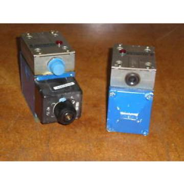 MANNESMANN REXROTH DIRECTIONAL VALVES  2 PCS