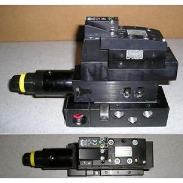 Bosch Rexroth 261-108-111-0 24VDC 2W Solenoid Valve with Regulator 262-180-100