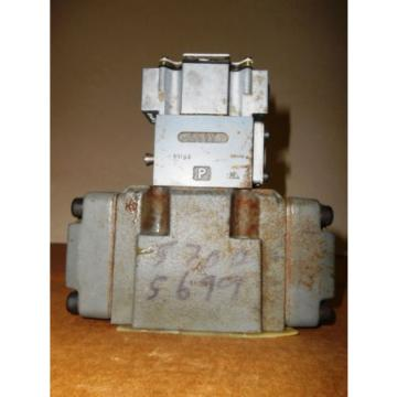 REXROTH 4WE6D52/AG24N9DA/R08V VALVE , USED