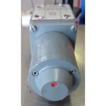 REXROTH HYDRAULIC CONTROL VALVE 4WE10D41/G24W/5 Used T/O
