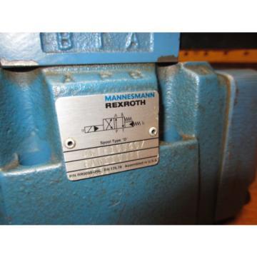 Mannesmann Rexroth 4WEH10D40/6AW110NET Z55L Hydraulic Directional Valve