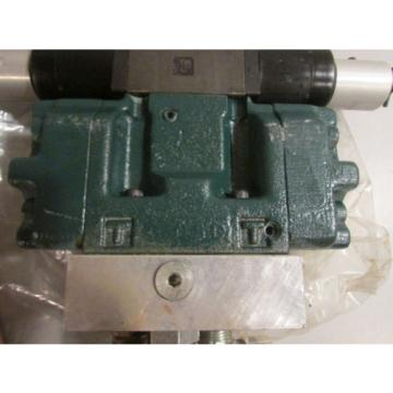 Hydraulic Control Valve With Two Nachi Hydraulic Coils EA64-D2-1A 24VDC