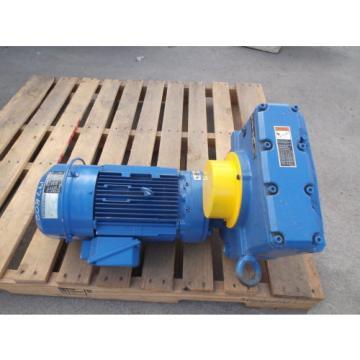 SUMITOMO EHYM3-B6125YA-AVY3-B-123 GEARMOTOR, RATIO 123, 3 HP MOTOR, 1760/140 RPM