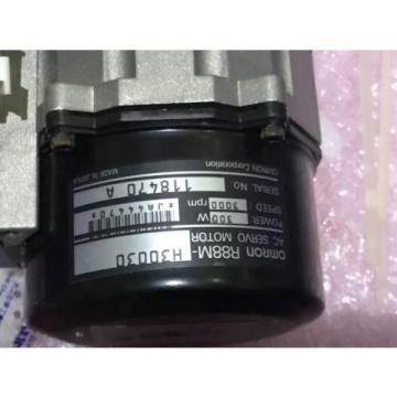Omron servo motor R88M-H30030 With Sumitomo MC-Drive ANFJ-M40-SV-10 Gearhead Origin