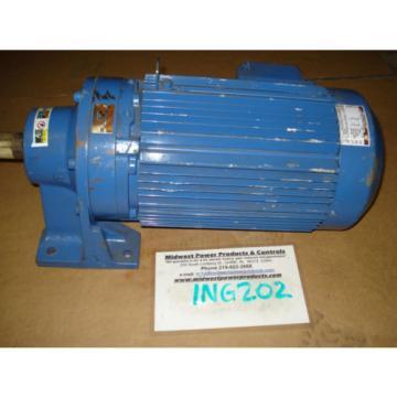 Sumitomo Cyclo gearmotor CNHM-8-4125YB-6, 292 rpm, 6:1, 75hp, 230/460, inline