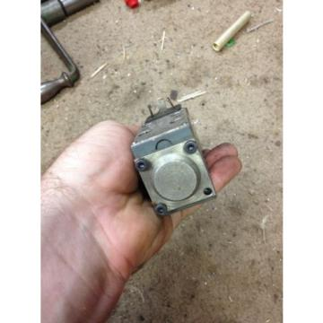 Rexroth Directional Control Solenoid valve 4port Hydraulic 4WE5N61/W120-60NZ4