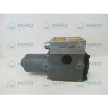 REXROTH 3WE10A41/G24ND HYDRAULIC CONTROL VALVE USED
