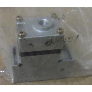 BOSCH REXROTH PNEUMATICS 0821003028 CHECK VALVE G 1/2 PILOT OPERATED
