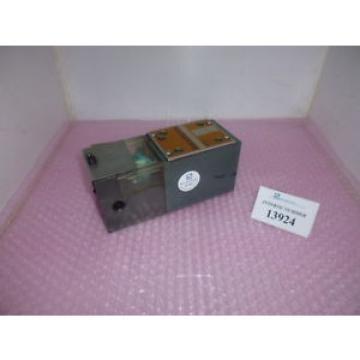 Safety gate surveillance valve SN 27593, Rexroth  5-4WMR 10 X10, Arburg
