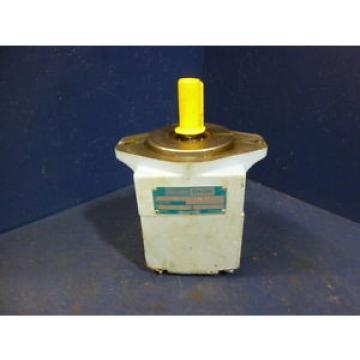Hagglunds Denison T6C 014 1R01 B5 Single Vane Pump 024-03105-5