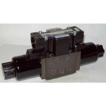D03 4 Way 4/3 Hydraulic Solenoid Valve i/w Vickers DG4V-3-33C-WL-H 24 VDC