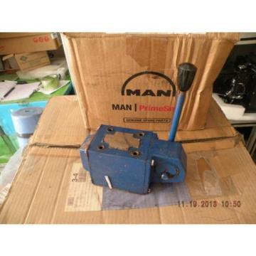 Man Rexroth R900587836 4WMM 10 J30/J DIRECTIONAL CONTROL VALVE
