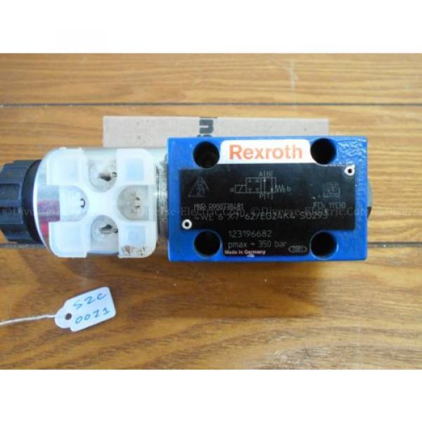 Bosch Rexroth R900738481 4WE6X7-62/EG24K4 Valve 350 Bar w/ R900221884 Solenoid #4 image