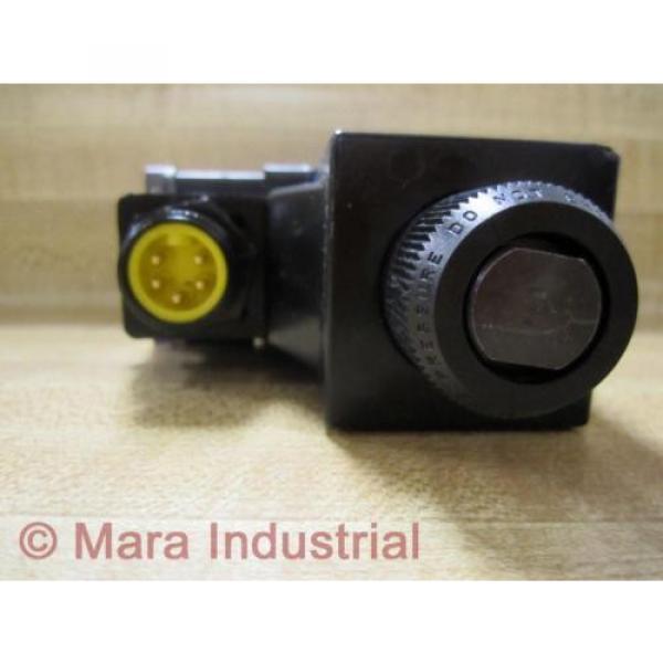 Rexroth Bosch Group R978029710 Directional Control Valve - origin No Box #3 image