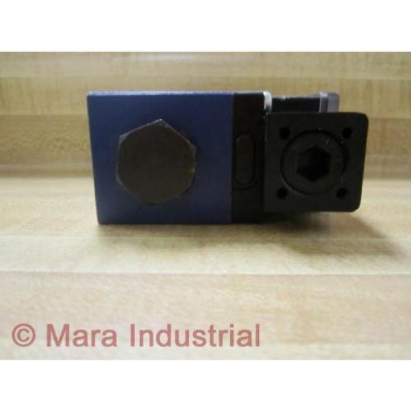 Rexroth Bosch Group R978029710 Directional Control Valve - origin No Box #5 image