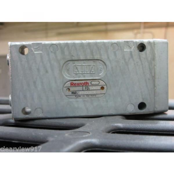Rexroth Canada Mexico 5710050510 Air Valve New with out box #1 image