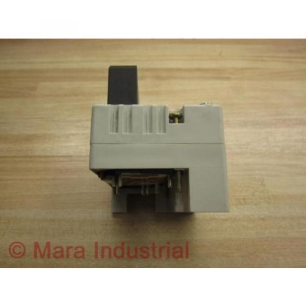 Rexroth USA France R480 084 902 Valve - New No Box #9 image