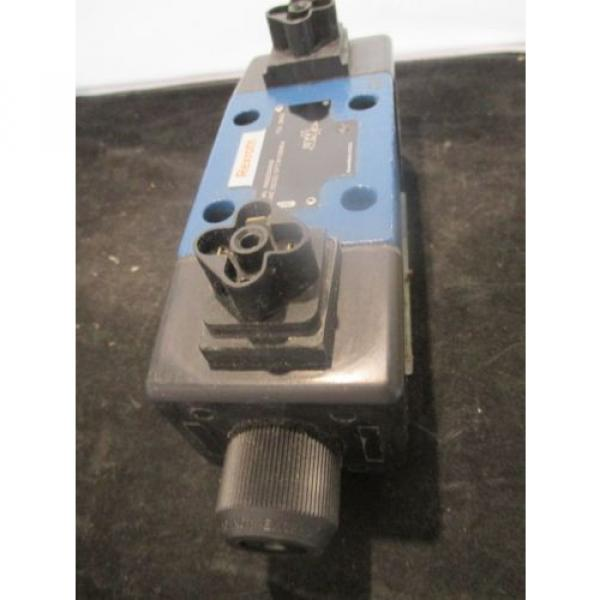 RexRoth Australia Italy Two-Way Directional Spool Valve - P/N: R900594948, Model: 4WE10D33 #4 image