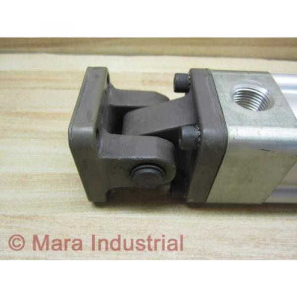 Rexroth Italy Greece TM-111000-03070 Cylinder - Used #5 image