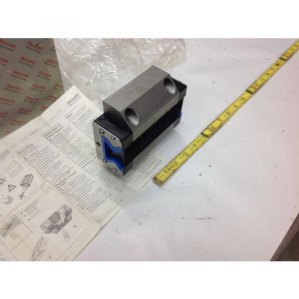 Rexroth R185143210 Linear Runner Block Roller Rail   Origin IN BOX #5 image