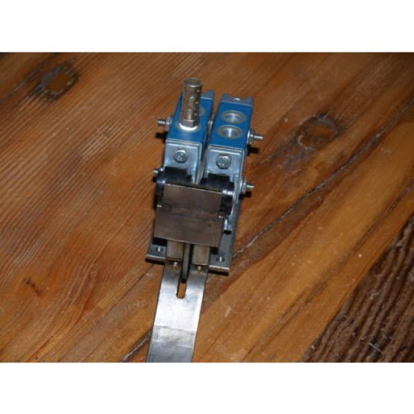 REXROTH Worldwide Pneumaics Minimaster Valve # GB13003-0955- 150 PSI  B295 #3 image