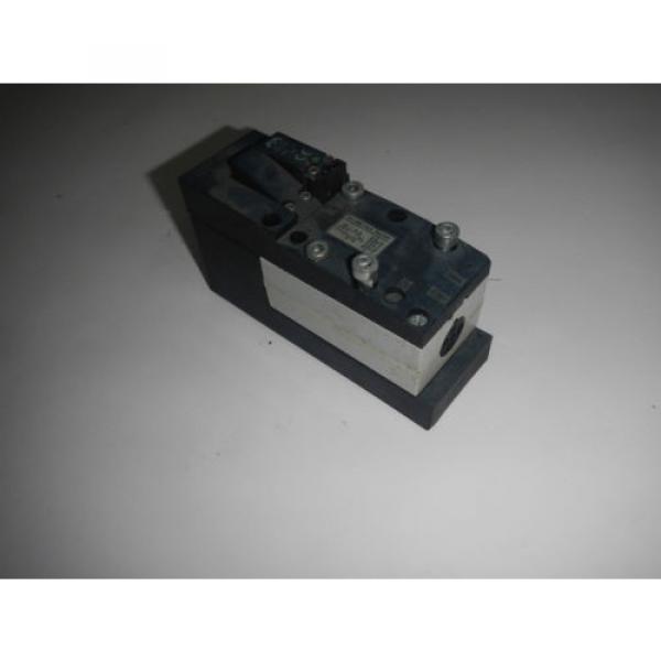 Rexroth 261-208-110-0 Pneumatic Valve #1 image