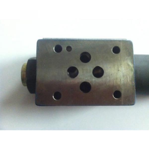 Bosch 811 150 239 Hydraulic Pressure Reducing Valve #5 image