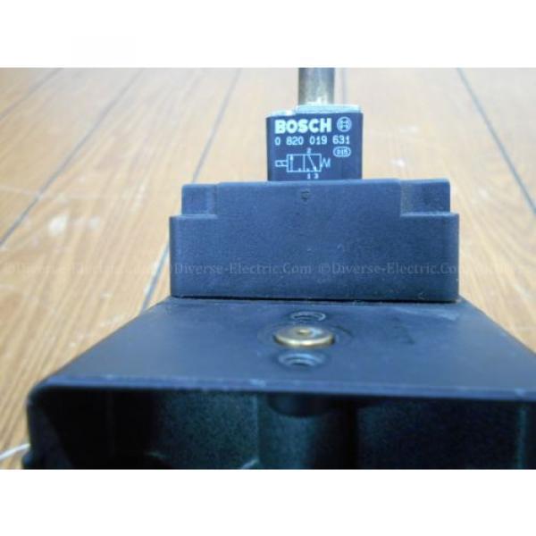 Bosch 0821300932 Solenoid Valve 3/2 Way with Two 821300930 Distributor Blocks #5 image