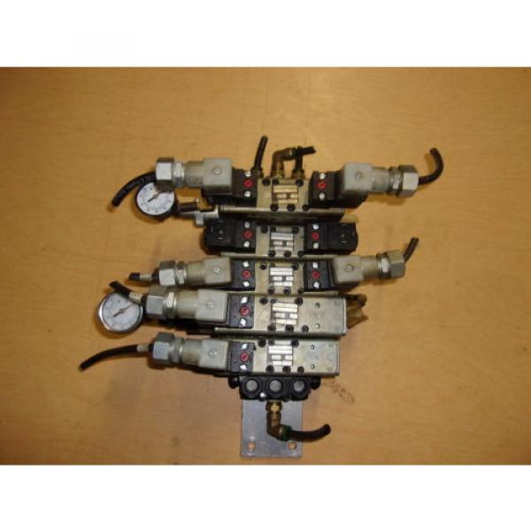 Rexroth Ceramic Lot of 5 Pneumatic Valves w/ Gauges GT-10061-2440 FREE SHIPPING #1 image