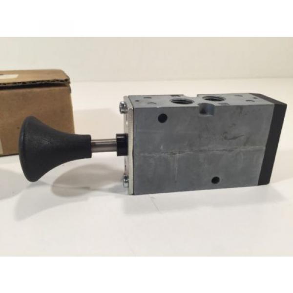 Rexroth R432016622 Manual Air Control Valve 4-Way 5 Ports 2 Position #6 image