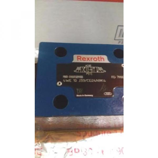 Rexroth R900589988 Hydraulic Control Valve 982115-4WE10J33/CG24N9K4 24VDC VGC #2 image