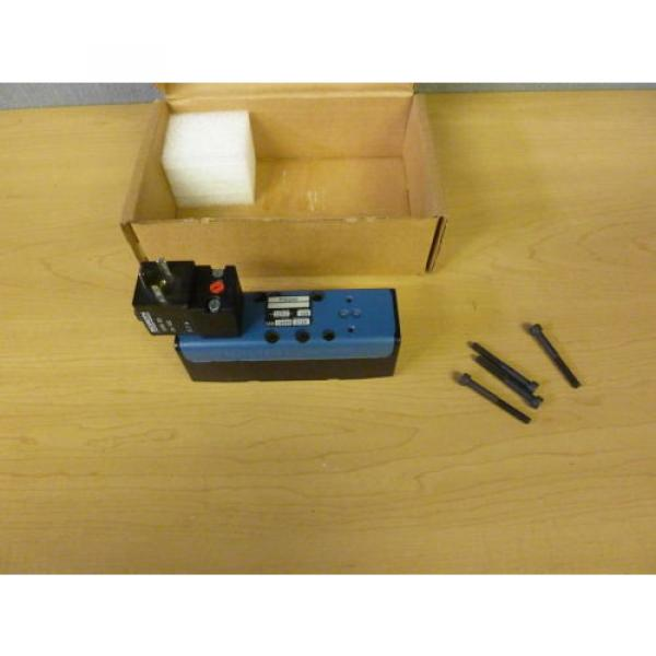 Rexroth Ceram P30240 Pneumatic Valve 150 PSI Max Coil 24VDC 11552 #1 image